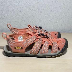 Keen women shoes size 9